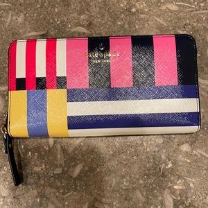 Kate Spade *NWT* Flag Stripe Lacey Wallet